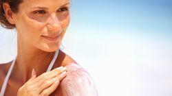 Comment choisir une crème solaire qui ne pollue pas les