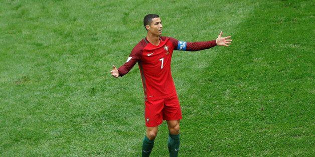 Soccer Football - New Zealand v Portugal - FIFA Confederations Cup Russia 2017 - Group A - Saint Petersburg...