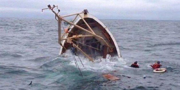 Naufrage d'un bateau de pêche à Mostaganem: le corps du 4e pécheur disparu retrouvé sur la plage de