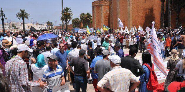 Marche à Rabat: enseignants et militants pro-hirak cherchent justice