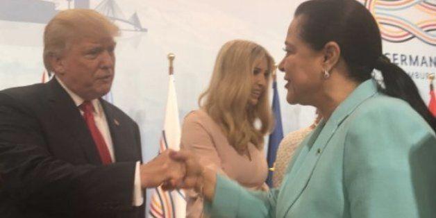 G20: Miriem Bensalah réussit avec le sourire le test de la redoutable poignée de main de