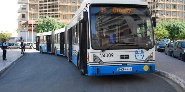 Mise en service des nouveaux bus de l'ETUSA: le transport