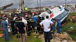 Un nouveau drame de la route: trois morts et 21 blessés à