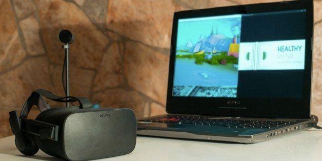 Trois ingénieurs inventent un casque de réalité virtuelle à vocation