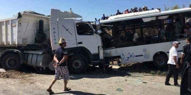 Trois morts et 19 blessés dans un accident de la route entre Tétouan et Khmis