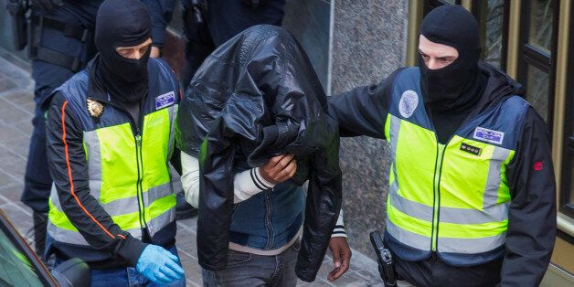 Un homme suspecté d'appartenir à Daech arrêté par la police espagnole, Las Palmas, 14 février 2017. REUTERS/Borja