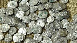 Vol de 35 pièces de monnaie archéologique à