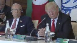 Ces images de Trump sans écouteurs résument-elles parfaitement son premier