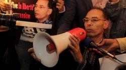 Procès des 7 journalistes: Des ajournements et une pression qui