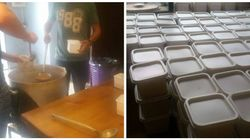 Des étudiants préparent des repas de