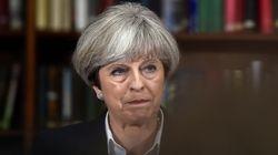 Grande Bretagne: Theresa May ne démissionne pas et veut former un nouveau
