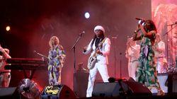 Nile Rodgers parle de son cancer et de sa musique au public