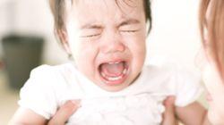 L'improbable technique de ce papa pour que son bébé arrête de pleurer