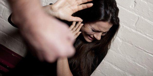 Témoignage: torturée par son mari, elle n'a nulle part où