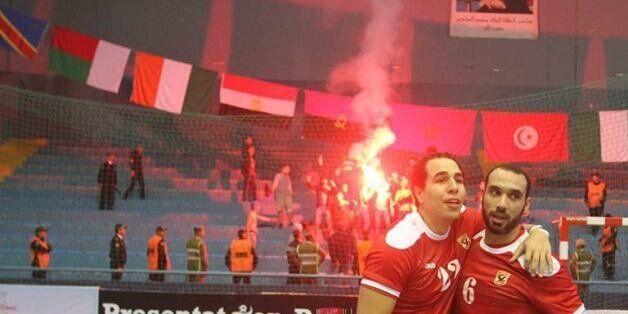 Quatre supporters d'Al Ahly devant le parquet
