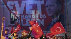 Référendum en Turquie: Le camps Erdogan proclame sa
