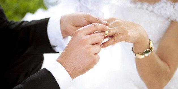 Tunisie: La société civile se mobilise pour que les femmes puissent épouser des