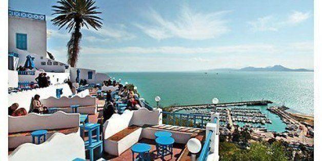 Sidi Bou Saïd abrite le premier Festival des Arts de la Méditerranée avec la participation de 30 plasticiens...