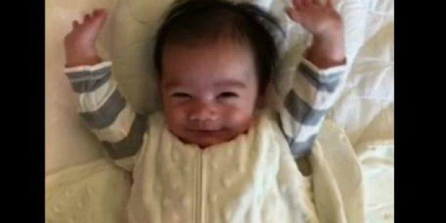 Ce bébé vous montre la meilleure façon de se