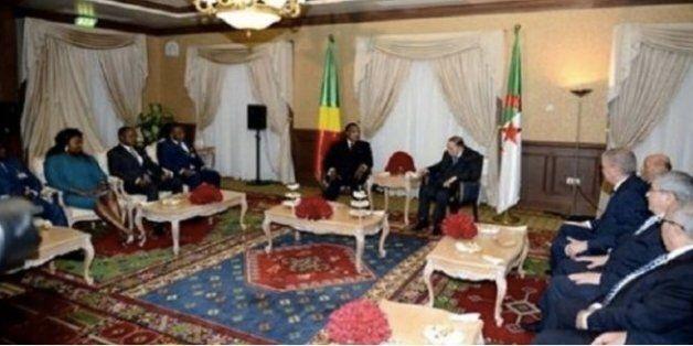 Le président Bouteflika s'entretient avec son homologue