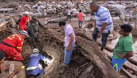 Les images dévastatrices après la coulée de boue qui a fait plus de 250 morts en