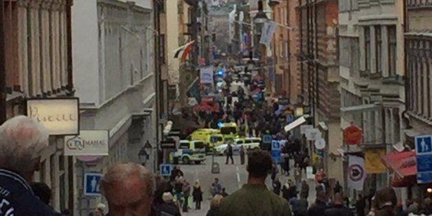 Un camion fou aurait fait trois morts dans le centre-ville de