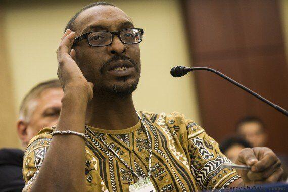 Le fils de Mohamed Ali retenu encore à l'aéroport de Washington, une