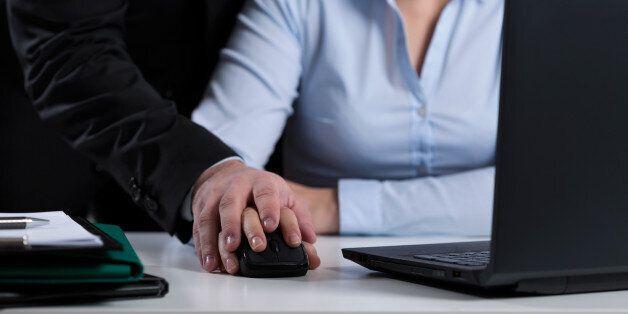 Harcèlement au travail: Une pétition pour combler le vide