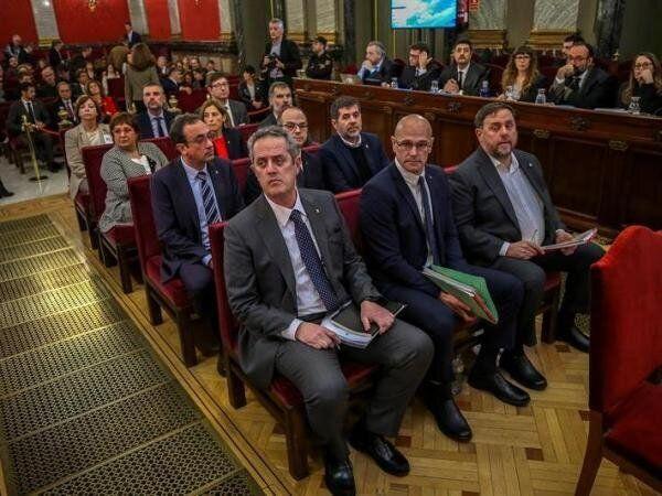 Los doce líderes independentistas acusados por el proceso soberanista catalán que derivó en la celebración...