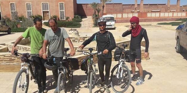 Alger - Tamanrasset à vélo: les quatre cyclistes réussissent leur pari