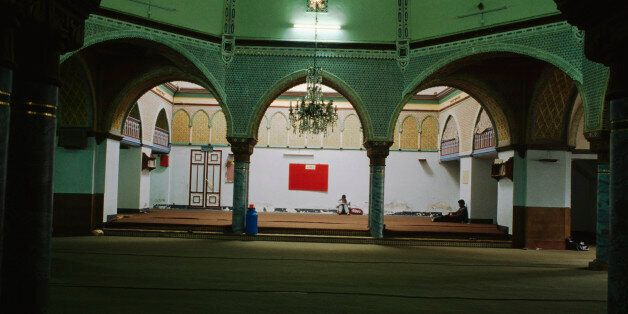ALGERIA - MAY 05: Interior of a mosque, Algiers, Algeria. (Photo by DeAgostini/Getty
