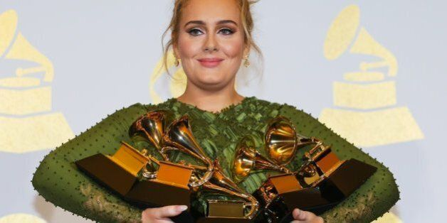 Adele et David Bowie, grands gagnants des Grammy Awards
