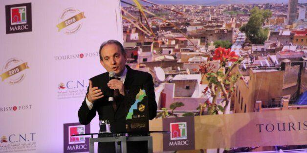 Abderrafie Zouiten en plein discours lors de la cérémonie de remise des