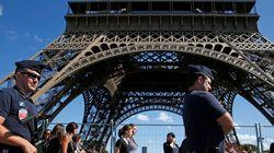 La tour Eiffel devrait bientôt être clôturée par un mur de verre