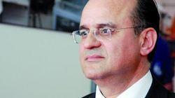 Abdelhanine Benallou, ancien directeur général de l'ONDA, sort de