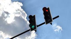 Régulation de trafic à Alger: projet d'installation de feux tricolores dans 500