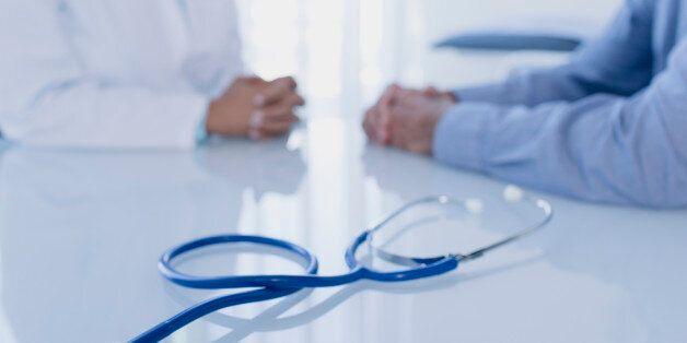 Je suis médecin: Souffre douleur des temps