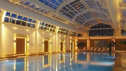 Les 16 plus belles piscines intérieures au