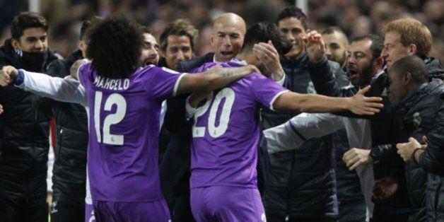 Zidane et ses joueurs du Real Madrid ce jeudi 12