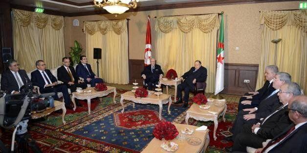 Beji Caïd Essebsi en Algérie: Les dernières mutations régionales à l'ordre du