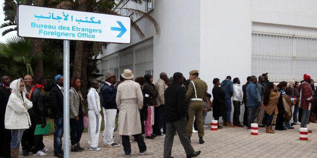 Régularisation: Près de 7.800 dossiers déposés par des migrants de 67