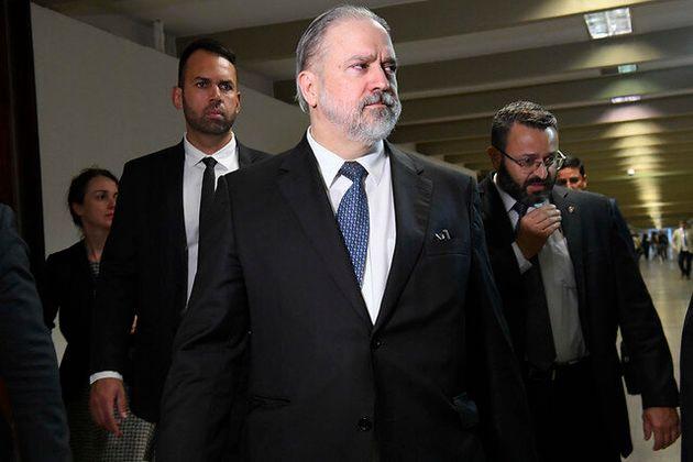 Conversas nos bastidores devem garantir indicação feita por Bolsonaro fora do critério...