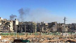 Les images surréalistes de la colonne de bus et d'ambulances pour évacuer Alep-Est, au milieu des