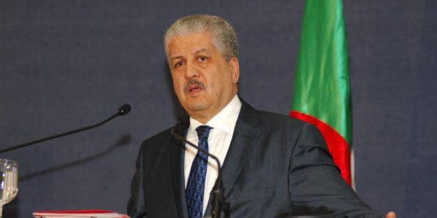 L'Algérie consent des efforts pour trouver une solution politique qui préserve l'unité et l'intégrité...