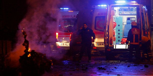 Police and ambulances arrive the scene after a blast in Istanbul, Turkey, December 10, 2016. REUTERS/Murad