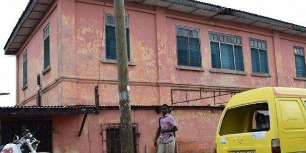 L'extérieur de l'édifice qui a abrité la fausse ambassade américaine dans la capitale