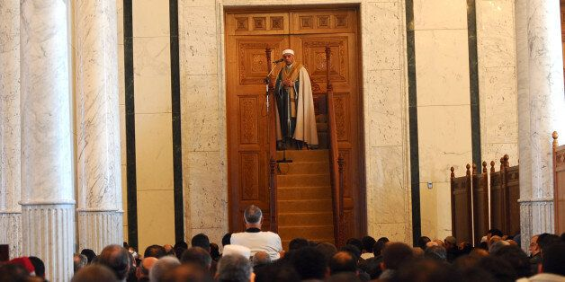 Tunisian cheikh Mohamed Machfer gives his sermon during friday prayer on February, 4 2011 in Zine El...