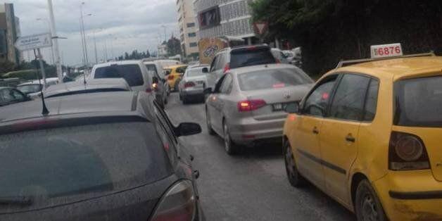 Tunisie: Circulation paralysée à Tunis pour le cortège présidentiel. La police de la circulation