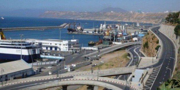 Lancement du projet de construction d'un quai minéralier au port d'Arzew
