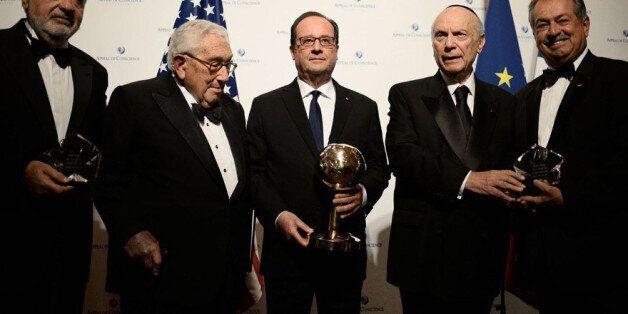 François Hollande: La capitulation en rase campagne du foudre de guerre de